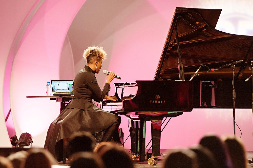 Jade Simmons, Speaker, Concert Pianist